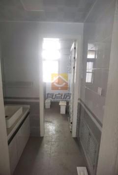 4室2厅1卫143m²精装修