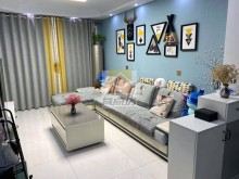 人民东路学区房3室2厅1卫55万127m²精装修出售
