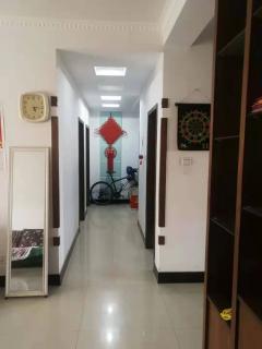 东区商学院南3室2厅2卫3楼46万120.61m²简单装修