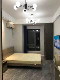 郑州商学院附近 建业百城天地 精装一房 家电齐全