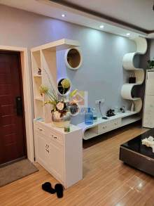 (东区)尚城华府3室2厅1卫90万115m²精装修出售