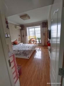 (市区)大首领5室2厅3卫93万192m²精装修出售