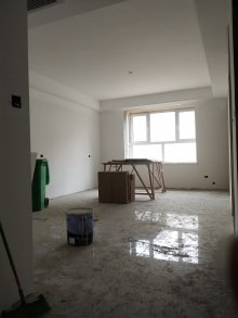(东区)东方现代城北苑 2室2厅 68万 95m²简单装修出售