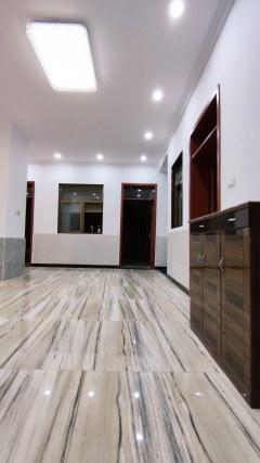 (东区)龙尾新村3室2厅1卫200m²